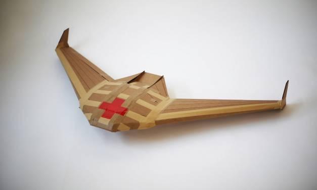Non ha elica e non ha motore, ma è l'aereo di carta più tecnologico al mondo