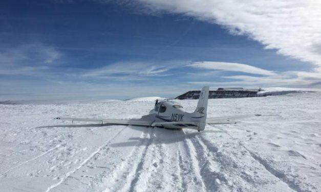 Cirrus: atterraggio di emergenza sulla neve